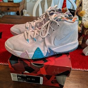 Youth Kyrie 4 Basketball Shoes